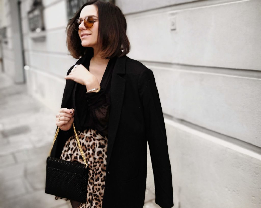 plumetis et léopard